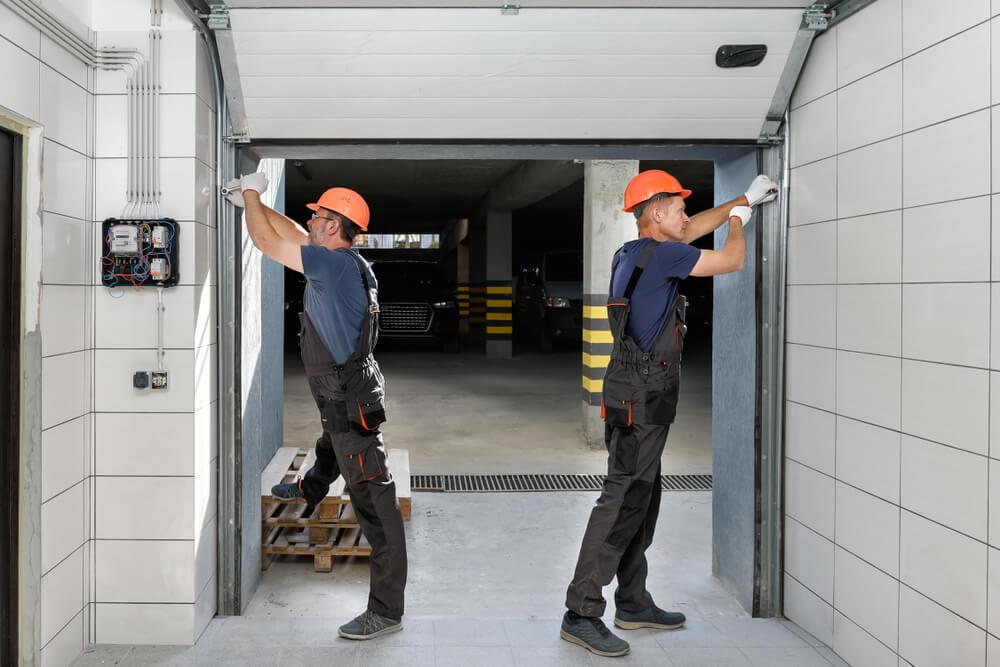 Choosing The Right Garage Door Installer
