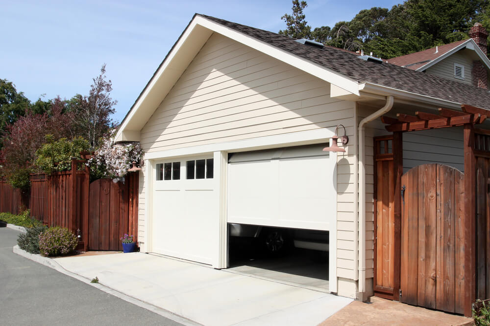 Looking for reliable suppliers of garage doors in Durban?